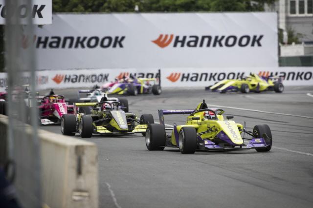 한국타이어, F1 파트너십 대회 'W 시리즈'에 타이어 독점 공급